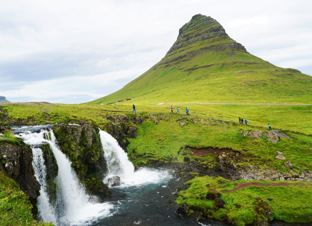 Iceland (II): the Iconic Image of Mt. Kirkjufell