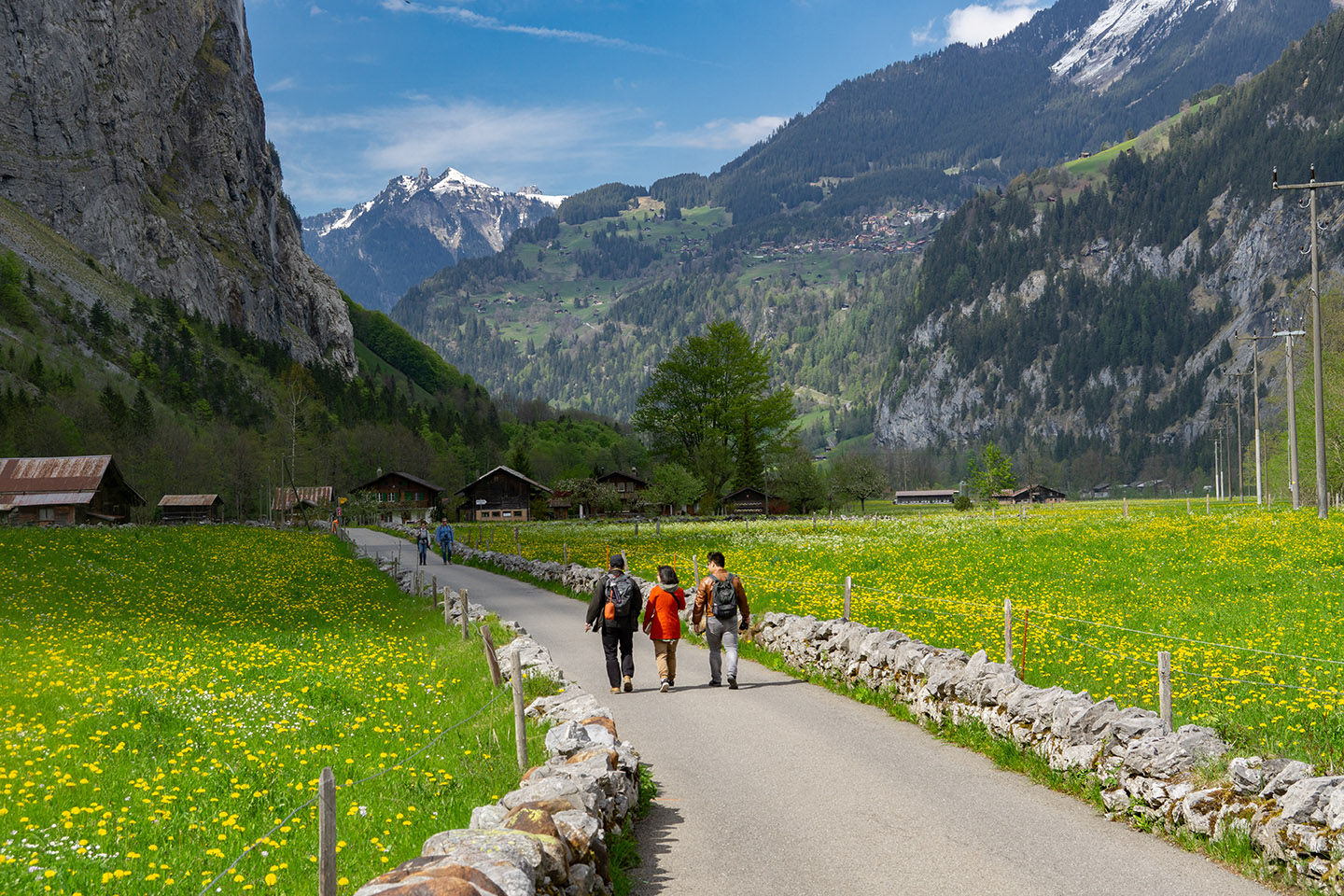 Switzerland (III) Explore Swiss Alps: the Golden Pass, Interlaken and Lauterbrunnen Valley Walk